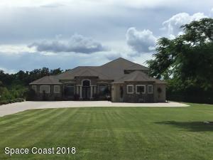 Property for sale at 4022 Tradewinds Trail, Merritt Island,  FL 32953