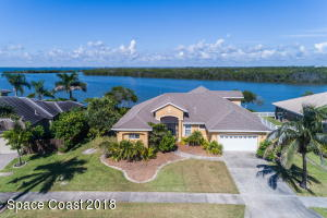 Property for sale at 33 Harbor Circle, Cocoa Beach,  FL 32931