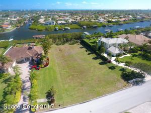 Property for sale at 248 Lansing Island Drive, Indian Harbour Beach,  FL 32937