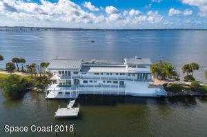Property for sale at 11670 Dragon Point Drive, Merritt Island,  FL 32952