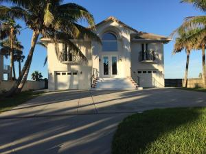 Property for sale at 5995 S A1a, Melbourne Beach,  Florida 32951