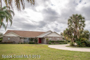 Property for sale at 1839 Plantation Circle, Palm Bay,  Florida 32909