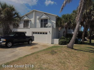 Property for sale at 526 Jefferson Avenue, Cape Canaveral,  FL 32920