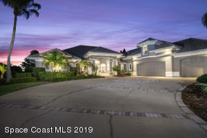 Property for sale at 286 Lansing Island Drive, Satellite Beach,  Florida 32937