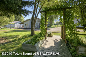 2030 SOUTH PARK RANCH ROAD, Jackson, WY 83001