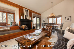 4485 N BERRY DR, 3124, Wilson, WY 83014
