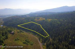 Subject Property 6.89 acres/Approximate lot line