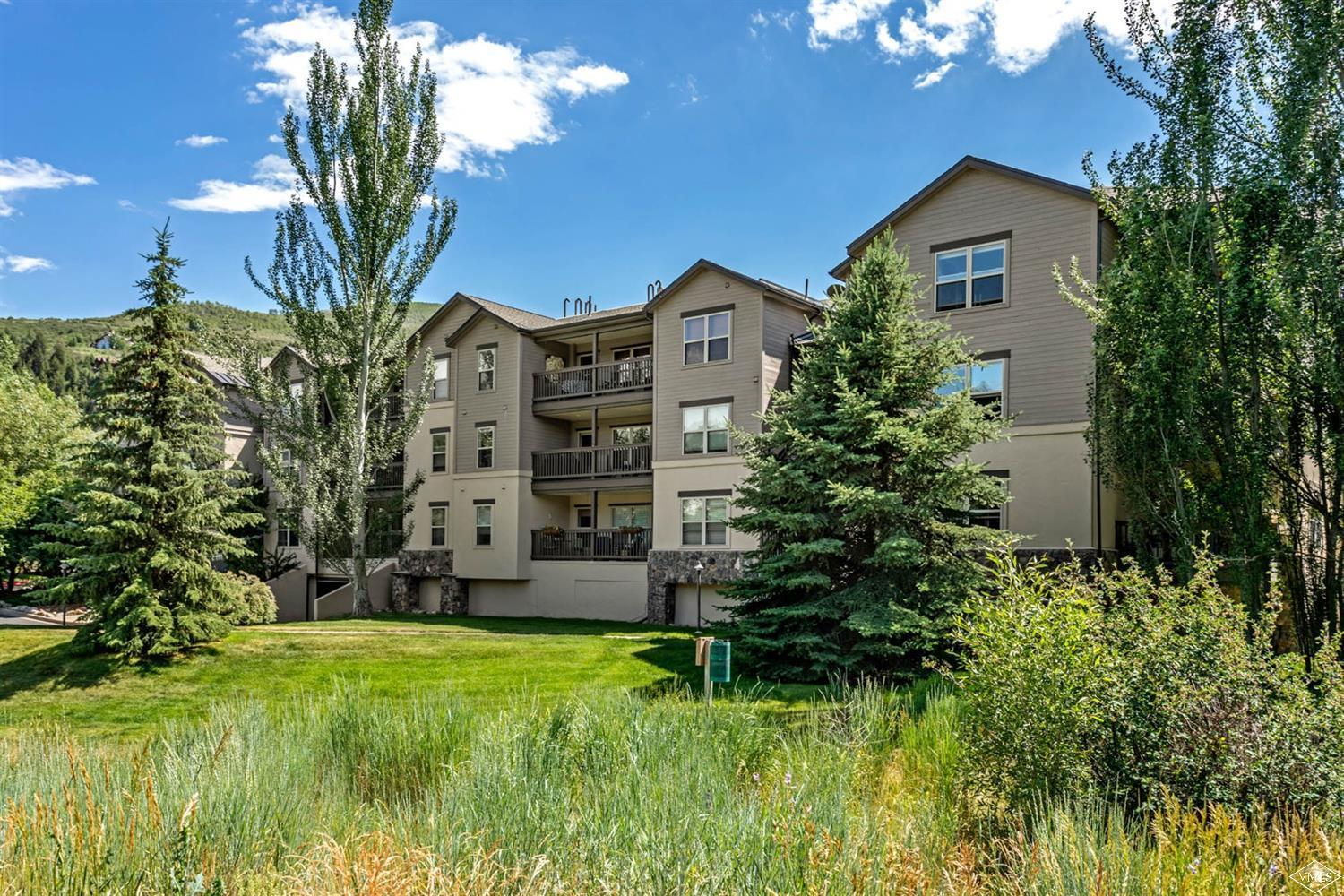 $16,000 price reduction. Much sought after River Pines sunny corner unit with Eagle River views bordering large park with trees. Elevator from heated underground garage with reserved individual parking space plus additional unassigned surface parking. Private storage locker in underground garage. Excellent long or short term rental. On Eagle County bus route. Immediately east of Riverwalk and a short walk to shops, restaurants and hiking and biking trails along the Eagle River.