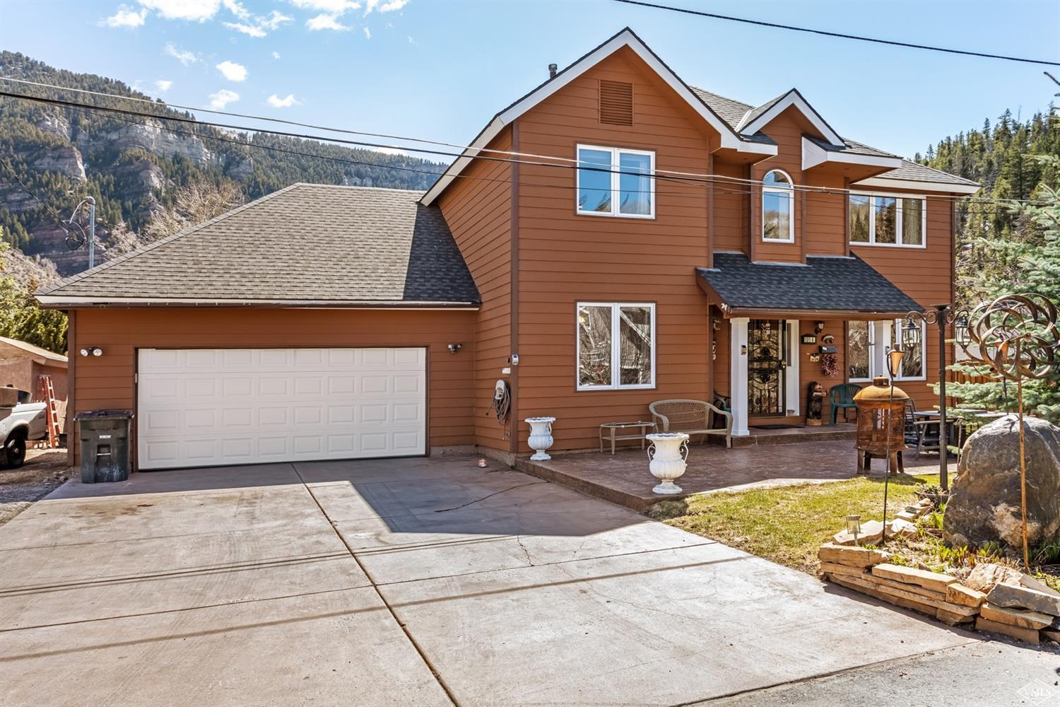 Imagine your own high country getaway, surrounded by majestic mountains, hiking, biking, fishing, kayaking and Minturn's historic old town charm. This is an incredible opportunity to own a home that is only minutes from the Ski & Snowboard Academy, Vail & Beaver Creek ski resorts and Minturn Fitness Center. Welcome to Minturn and welcome home!
