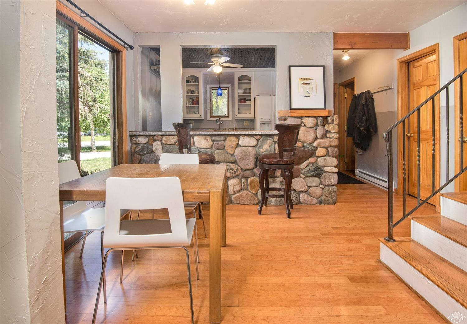 Bright, sunny, conveniently located between Beaver Creek and Vail, this 1210 square foot, 3 bedroom condo is ideal for a starter home, weekend getaway or for the investor wanting a seasonal rental. Giant side deck provides ample room for entertaining. Wood burning fireplace, W/D, attic storage and more! Master bedroom features en-suite bath and private balcony. Lower level pre-plumbed for additional half bath! Plus all that Eagle-Vail offers: pool, golf, playground, comm. garden, plus!