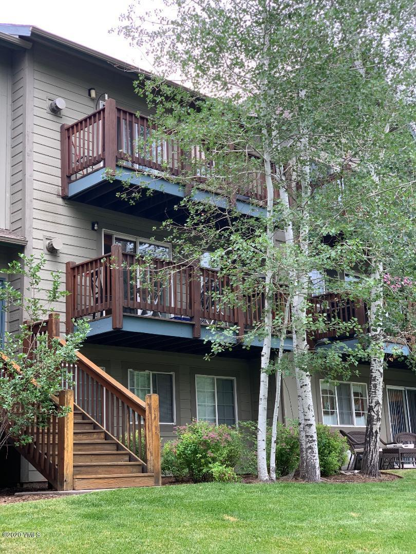 Not your usual Avon Crossing! Beautifully updated kitchen with granite countertops, stainless steel appliances, glass front cabinets and interesting lighting.  Hand scraped wood flooring throughout the main living area and tastefully remodeled bathrooms add to the unique feel of this unit.  Nicely located on the west end of the complex, you are walking distance to shops and restaurants.  A good sized deck with mountain views completes the picture!