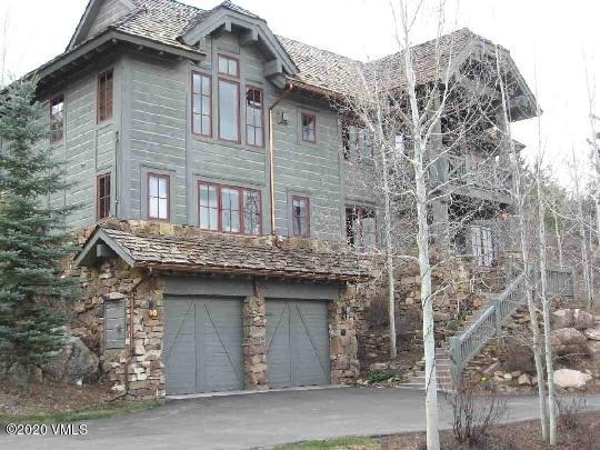 Beautiful mountain townhome located in Bachelor Gulch - walking distance to the Ritz Carlton with all it's ammenities. Spacious main level with high vaulted ceilings and large windows overlooking the mountains. A newly updated chef's kitchen for the cooking enthusiast in the family with a large center Island for everyone to sit around and enjoy.  This home is a very well-appointed, fully furnished residence with an attractive contemporary appeal.  Ski-in and ski-out access to this incredible property.