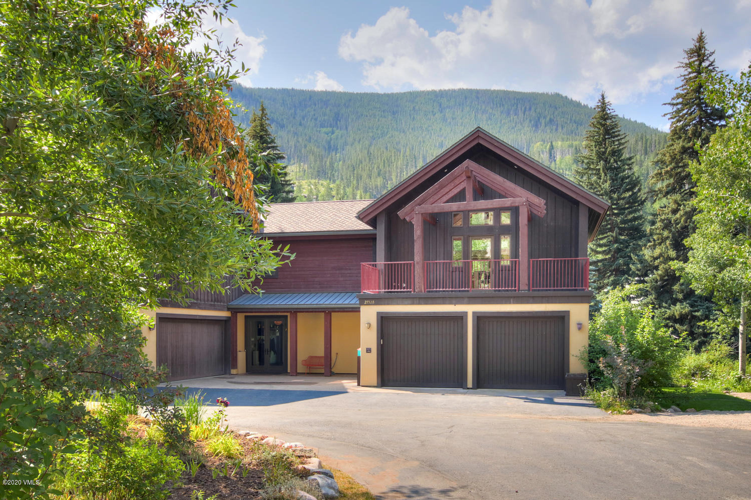 Great one bedroom duplex right on Gore Creek with lots of storage and spaces.  Attached 2 car garage.  Ready to move into.  Deed restricted.  Must work in Eagle County full time.