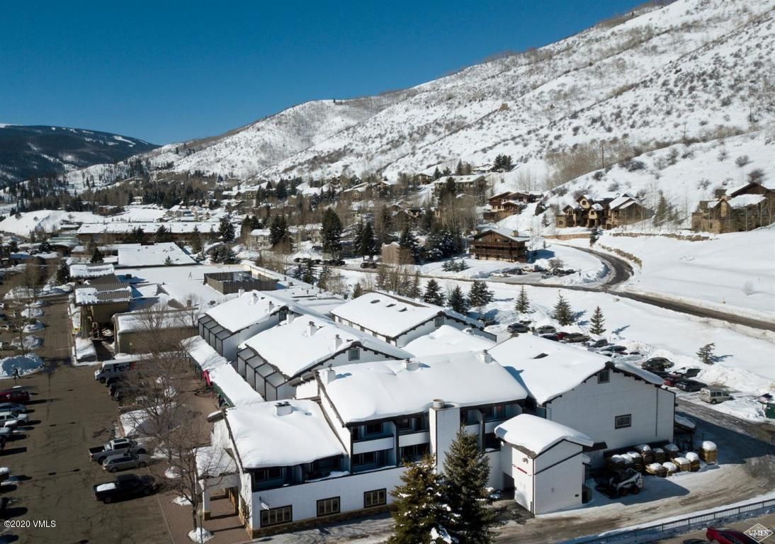 Convenient location in West Vail with shops, restaurants and free bus to Vail. Presents an opportunity for a local or second home owner who values location. Plenty of parking, access to great hiking trails and City Market and Safeway.