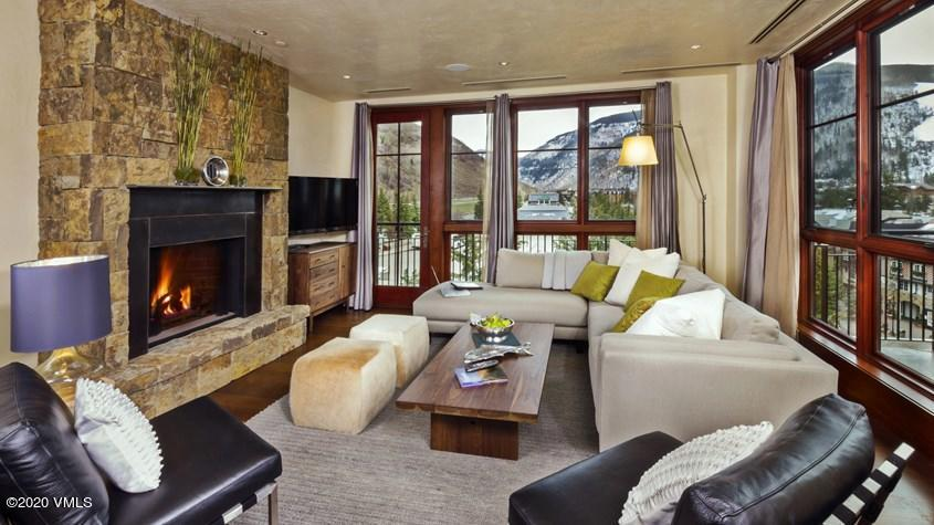 4 BR listing at Solaris Residences with Mountain views. Located in one of the very best locations in Vail Village, an easy walk to ski lifts along heated walkways. Unit includes the high level finishes and quality expected at the premium residences in Vail.