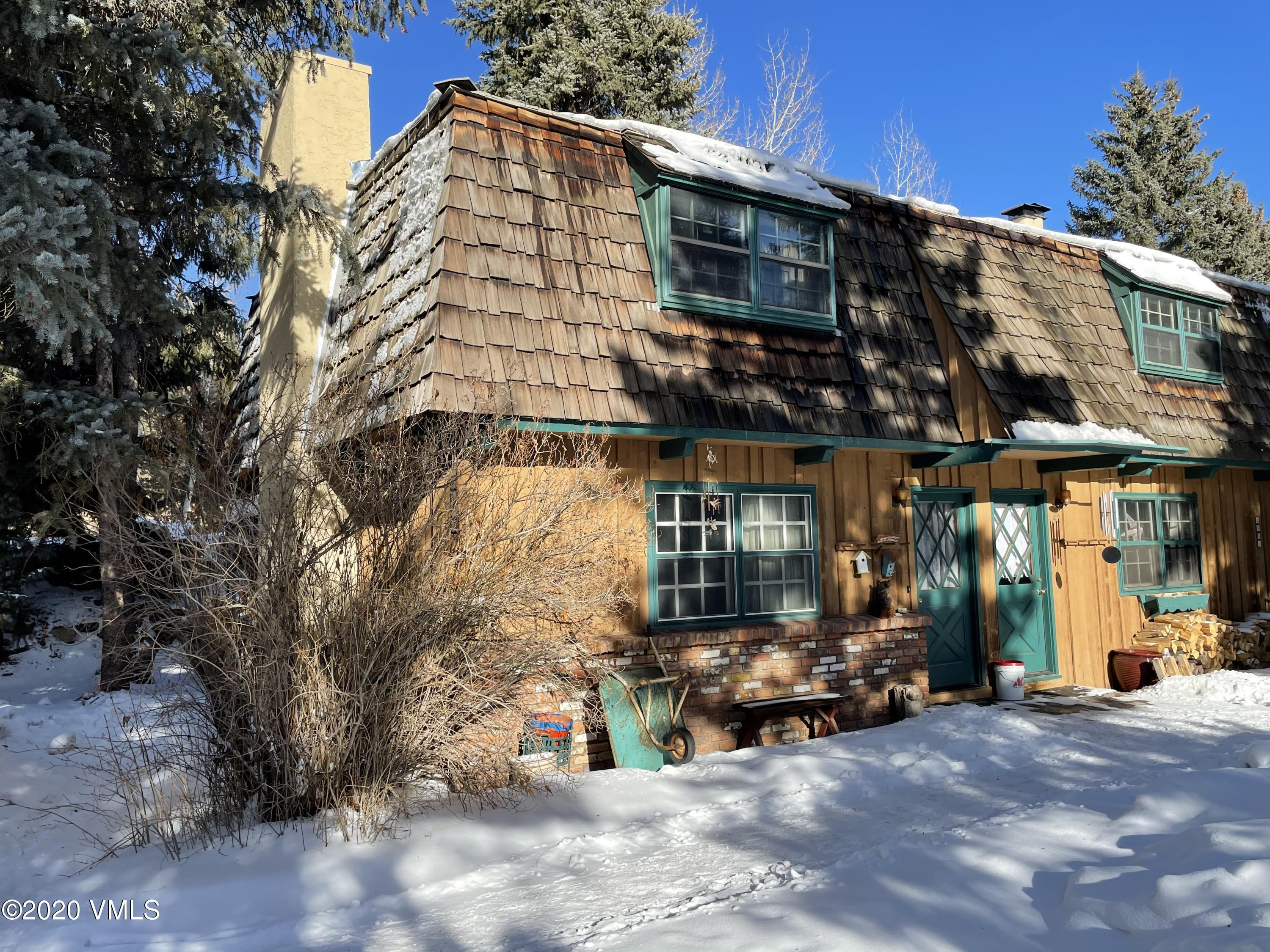 Great small home in Vail Valley. Quiet location located in West Vail. Steps from free Vail bus stop, short 2 min drive to grocery store, restaurants and other amenities. Wood burning fireplace for cold winter days, and a nice patio for enjoying the warmer months.
