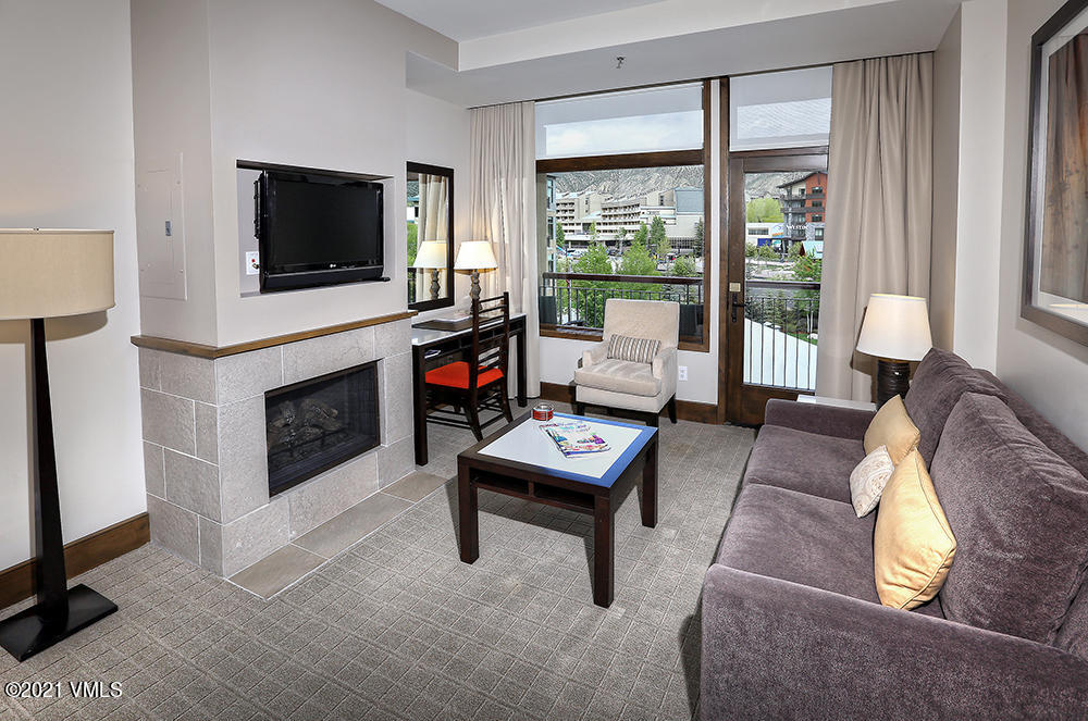 Located in the sought after Westin Riverfront Resort & Spa, this larger Studio Plus offers all that you need for comfort and convenience of a mountain retreat. Thoughtfully furnished with a kitchenette, fireplace, flat screen TV, king Bed, sleeper sofa, and private balcony with extra storage and upgraded bathroom vanity.