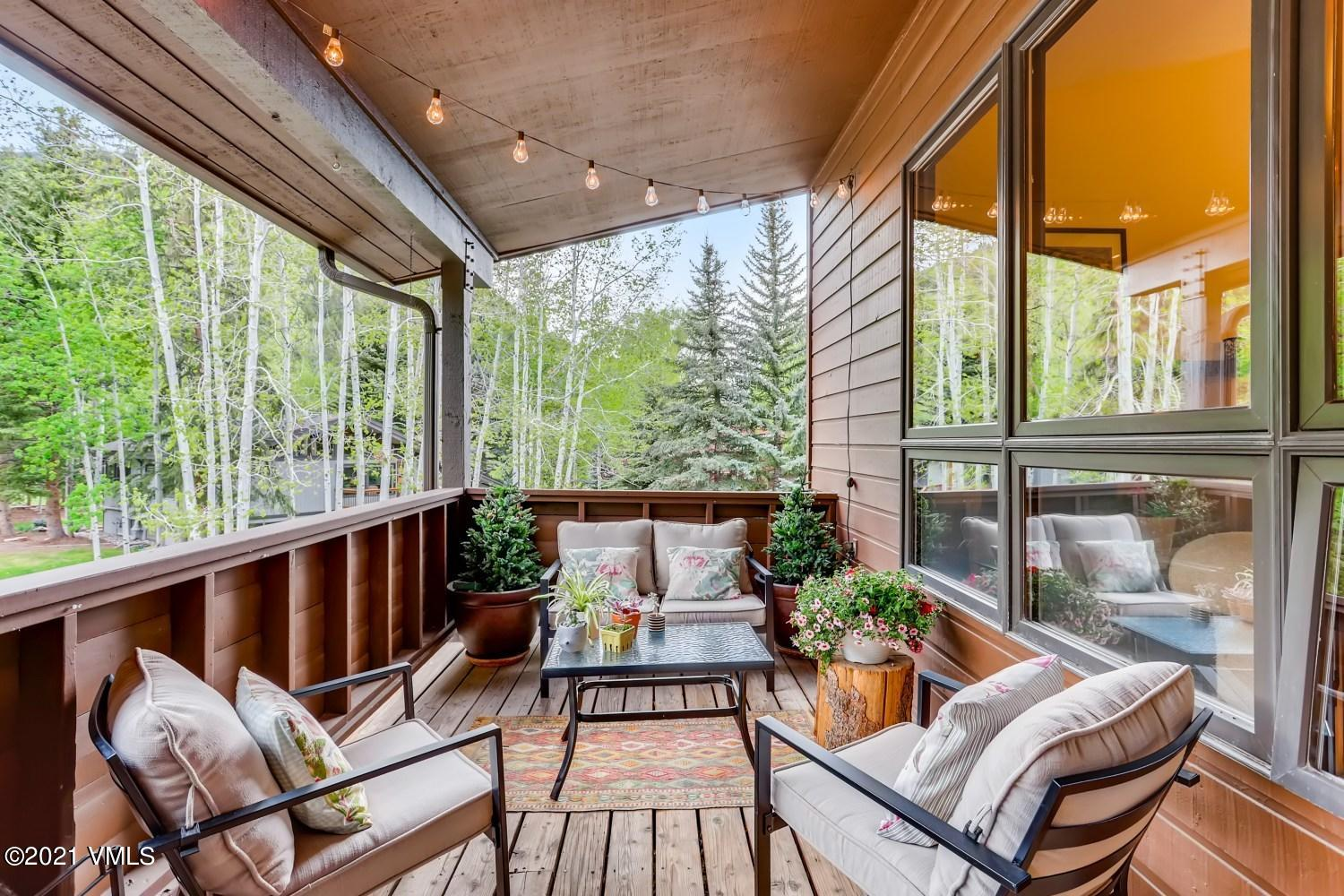 Possibly the best unit in the Par Six complex. 3 bedroom, 2 bath, 1296 sq.ft., corner unit with a large covered deck will give you plentiful space, abundance of light and peace. Located in the desirable Eagle-Vail neighborhood, this unit has vaulted ceilings, large windows, wood burning fireplace, and open living room concept. The spacious and private master bedroom with ensuite bath is on its own level with a landing area to have your home office or gym. On the lower level, 2 bedrooms with a shared full bath and a large laundry room with built in shelves is a plus. This residence is a great option for first time homebuyers or a second homeowner with the possibility to long or short term rent. Eagle-Vail community offers a swimming pool, public golf course, a large pavilion, parks, hiking and biking.  Enjoy walks on the golf course, gather with friends at the pool or play a quick round of golf - all can be a pleasant days event. This is one not to miss.