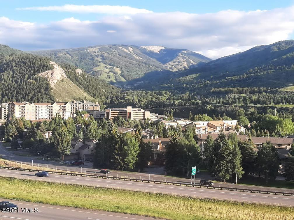 Don't miss out on this 2Bd/2ba unit in Nightstar with panoramic views of Beaver Creek Ski Area. This unit boasts one of the lowest HOA dues in the area and also includes a 2 car and a 1 car garage allowing for almost as much storage space as the actual unit. Master bath includes jetted tub/ steam shower combination with a walk in closet as well. Only a short distance away from public transportation, skiing, restaurants and shops.