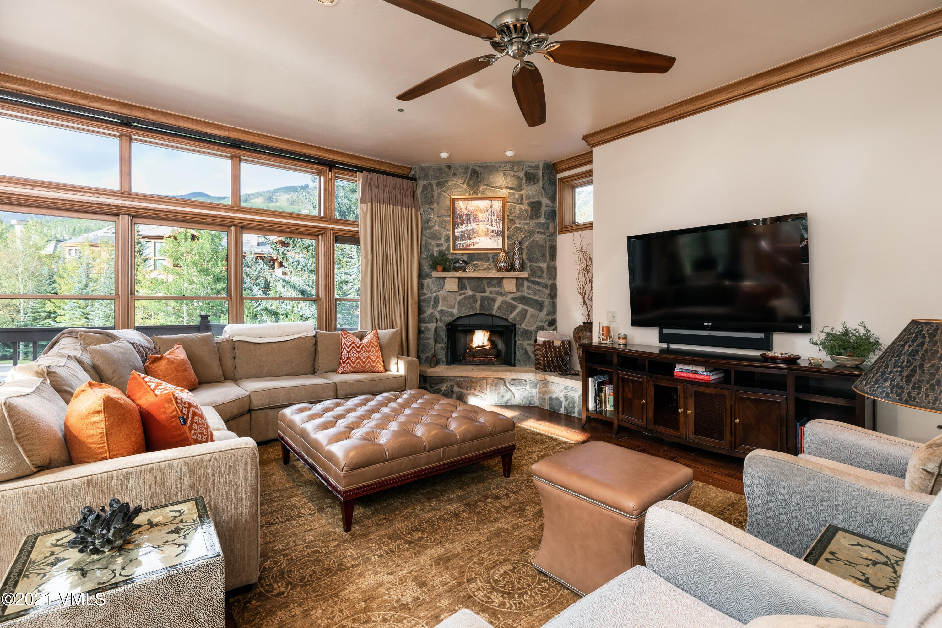 This stunning air-conditioned townhome is the most spacious of the Ironwood community. Additional decks and windows bring in an abundance of natural light, big mountain and ski slope views. Featuring interiors by Slifer Designs, a Chair 14 and turnkey appointments makes this home perfect for any active mountain family.
