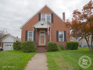 976 W 3RD STREET, Lock Haven, PA 17745