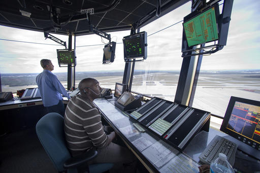 Pilots air traffic controllers shifting to text messaging