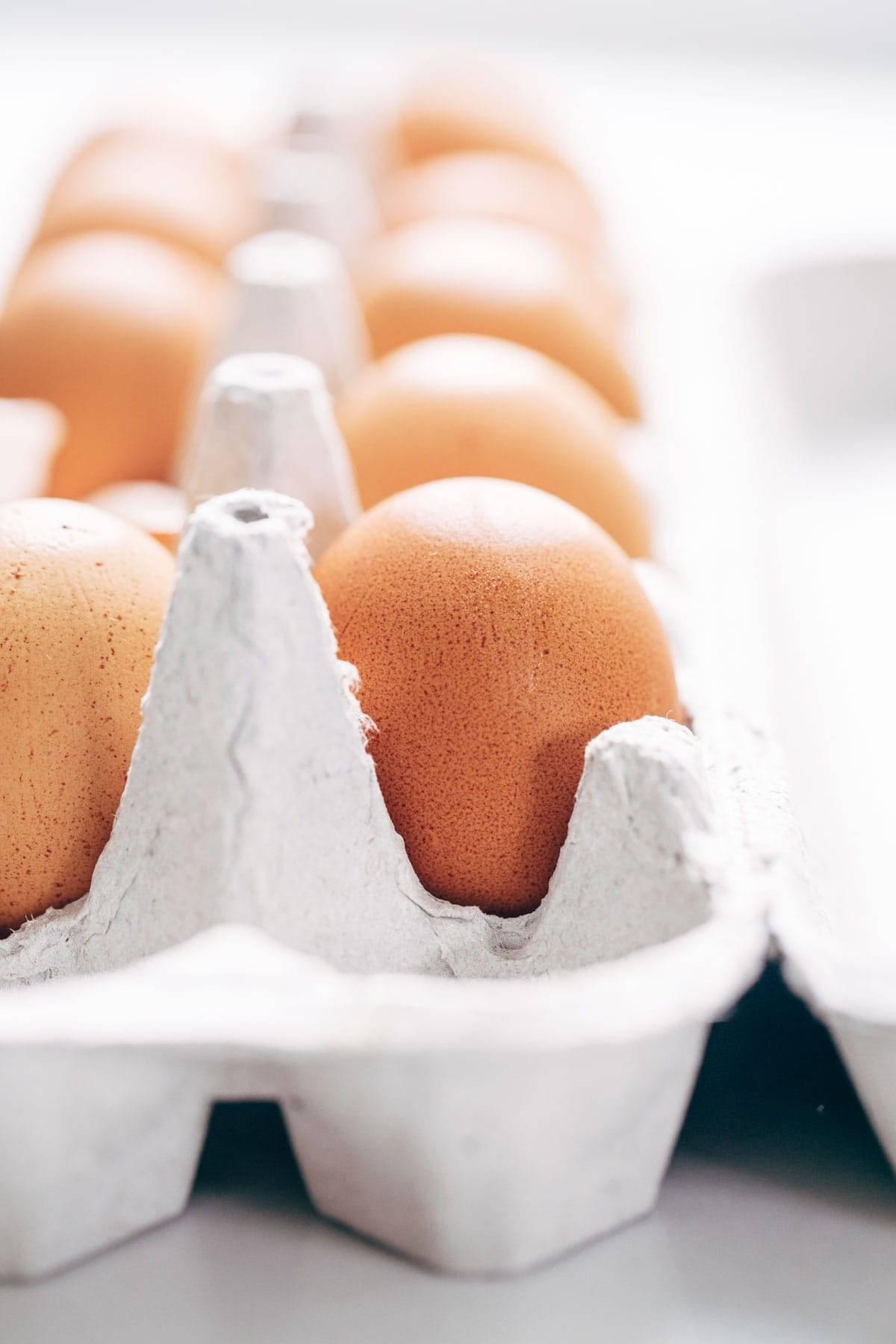 Eggs for Green Shakshuka | pinchofyum.com