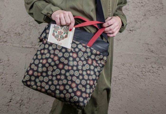 Coba Complements, complementos sostenibles, mochilas sostenibles, bolsos sostenibles, materiales reciclados, accesorios de proximidad, bolsos kilometro cero, bolsos personalizados, accesorios