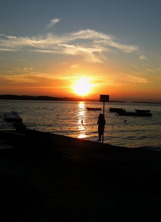 Surfer Girl Silhouette Sunset Wallpaper Sonnenuntergang Meer Traurig 183 Kostenloses Foto Auf Pixabay