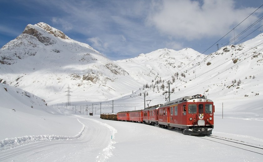 Railway, Bernina Railway, Lagalb, Bernina, Winter, faire l'amour dans un lieu public, compartiment d'un train couchette