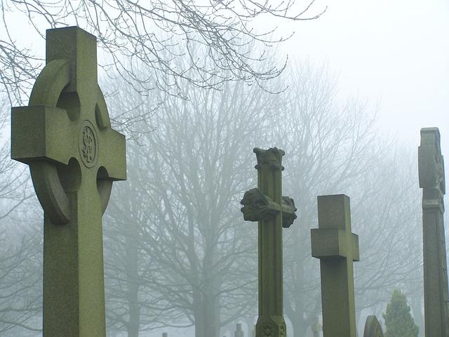 Cemetery Grave Graveyard  Free photo on Pixabay