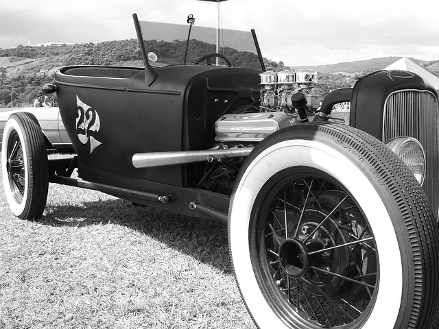Wallpaper Night Car Race Jaguar Car Old Cars Classic 183 Free Photo On Pixabay