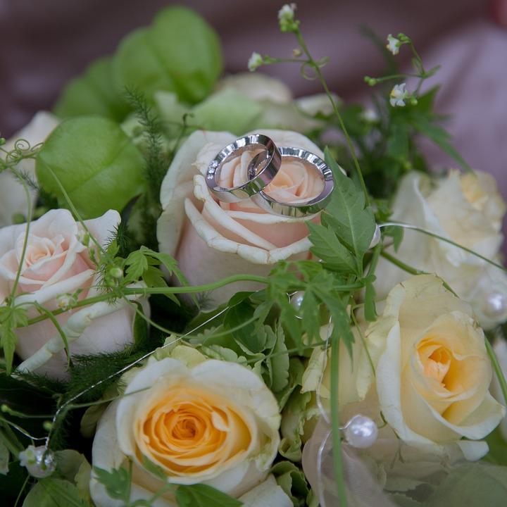 Kostenloses Foto Hochzeit Rosen Ringe Liebe