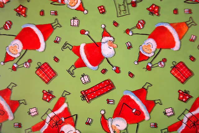 Cute Kitten Christmas Wallpaper Wrapping Paper Santa Clauses Funny 183 Free Photo On Pixabay