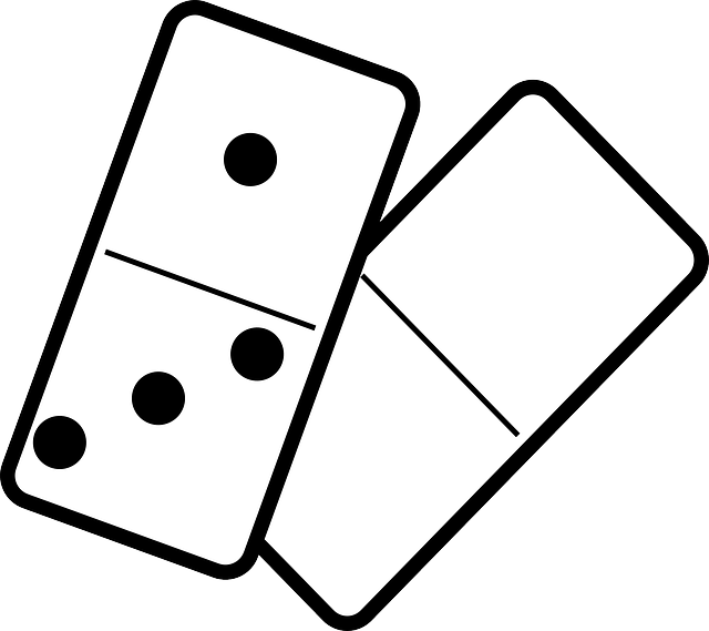Domino Game Chain · Free vector graphic on Pixabay