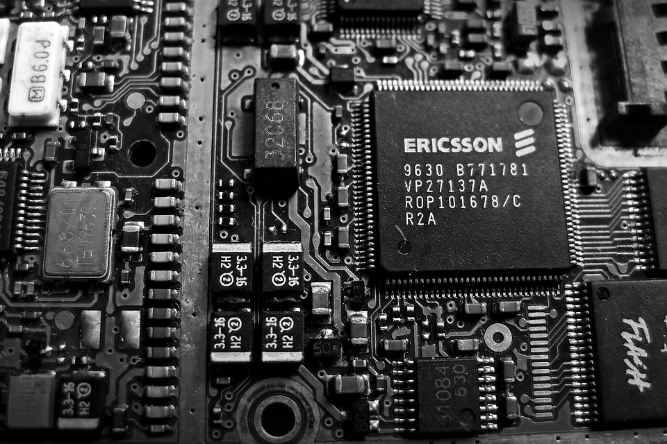 Chips Electronic Circuit Boards Wallpaper 16991