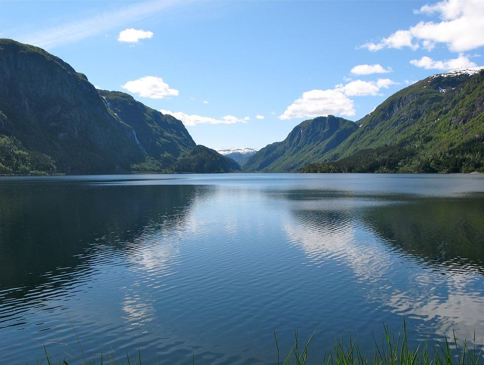 Water Fall Hd Wallpaper 4k Free Photo Norway Lake Sandvinsvatnet Free Image On