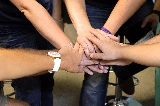 L'Équipe, Ensemble, Mains, Joint