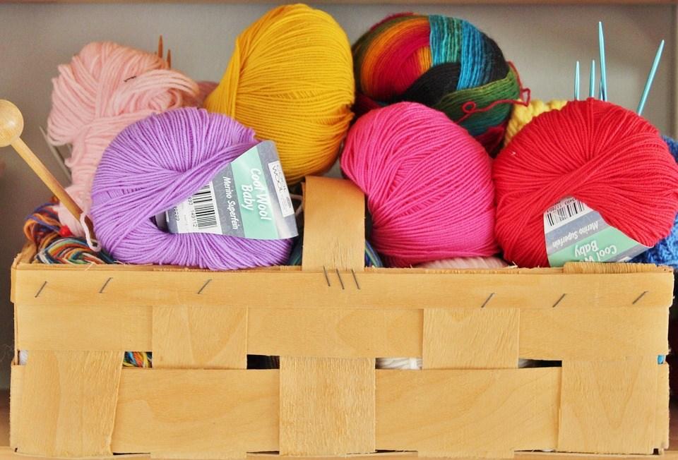 Laine, Tricoter, Aiguilles À Tricoter, Panier, Coloré