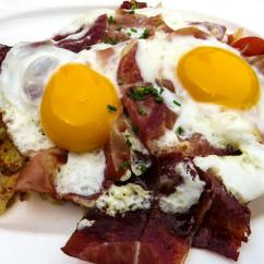 Kitchen Breakfast Table Frigidaire Appliances Egg Bacon Good · Free Photo On Pixabay