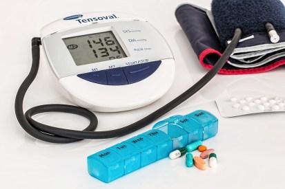 高血圧, 中心部, 医療, 不健康, 慢性薬, 医学, 心臓病, ヘルスケア, 治療, 病気, 健康, 診断