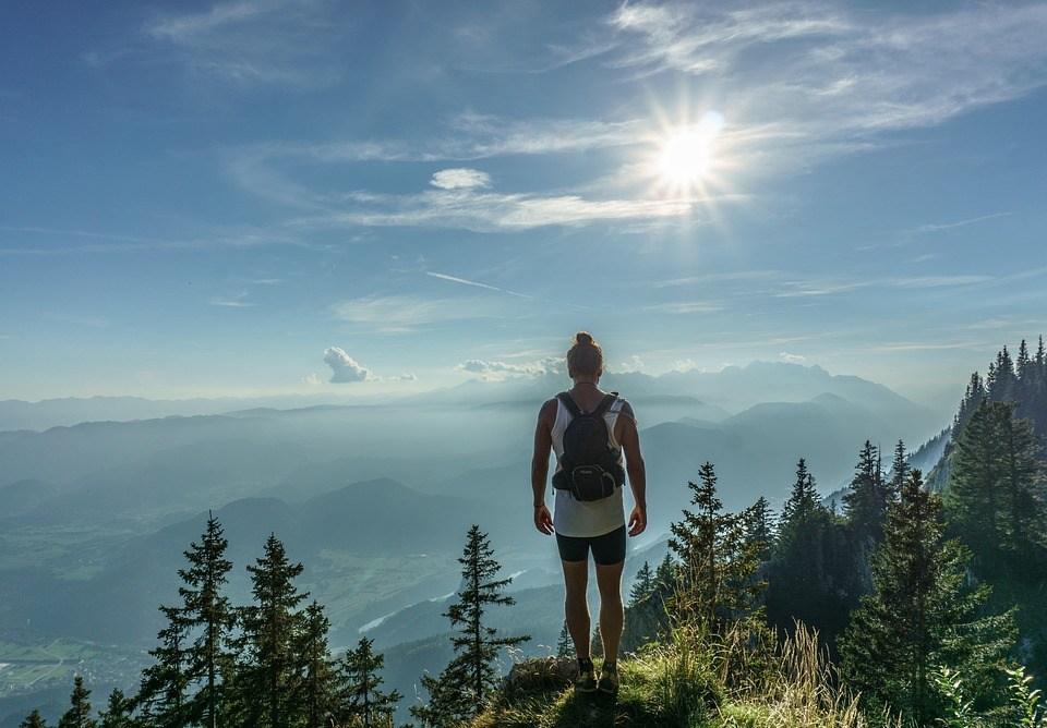 ハイカー, 立っている, 女性, ページのトップへ, 旅, アドベンチャー, バックパック, ハイキング, 山