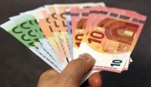 Geld, Geldscheine, Euro, Hand, Banknote Onlinrkredite