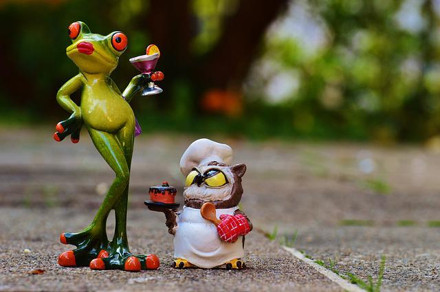 Cartoon Cute Little Girl Wallpaper Free Photo Frog Owl Bake Love Free Image On Pixabay