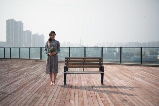 女の子, 女性, 花柄のスカートを着用する女性