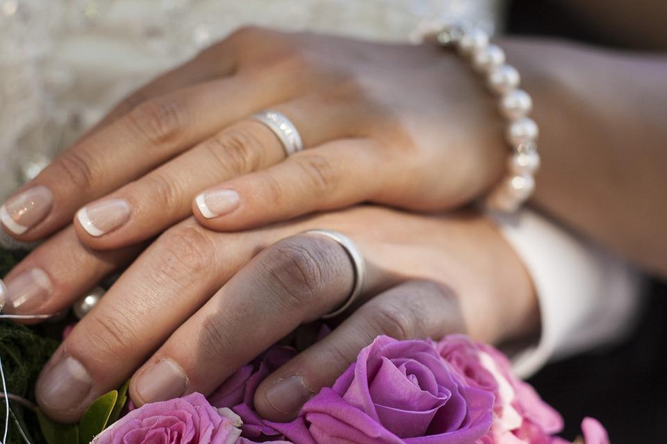 Kostenloses Foto Hochzeit Ringe Hnde Heiraten