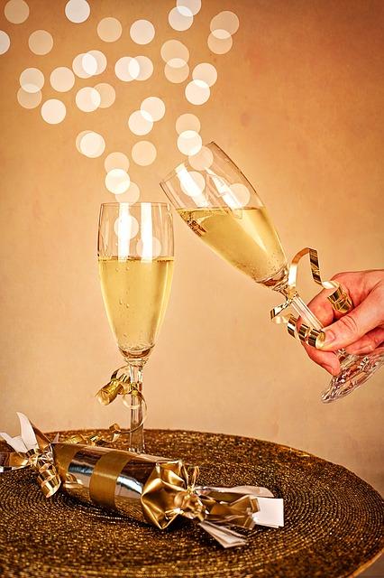 Silvester Champagner Neujahrsfeier  Kostenloses Bild auf