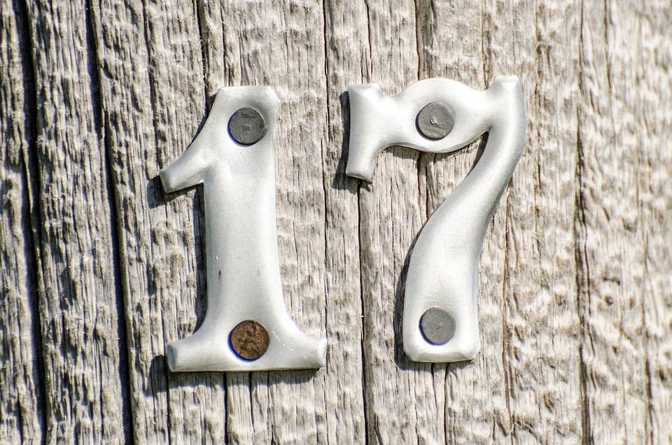 numbers 17 metal on