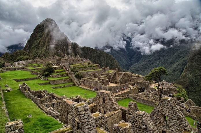 Machu Picchu, Perú I, Autoridades Nacionales