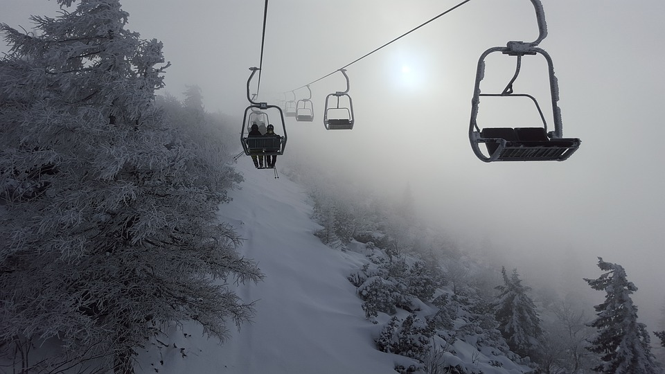 ski chair lift bedroom singapore chairlift cloud free photo on pixabay fog winter snow cold tyrol